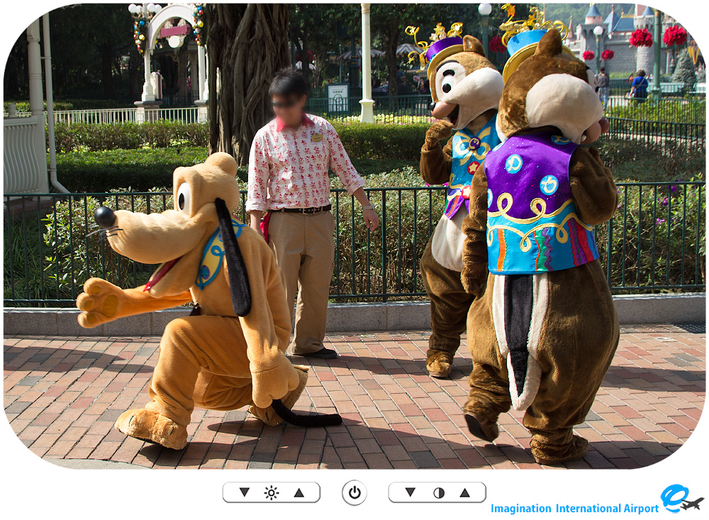 HKDL1512_CG_10th_ChipDale03