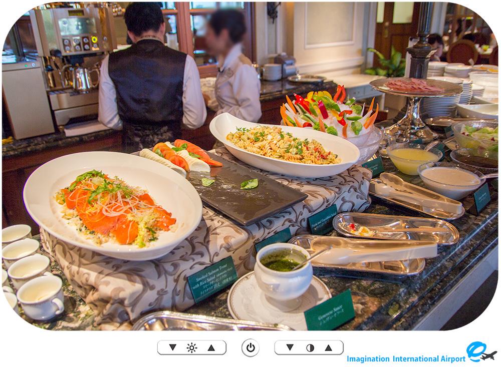 TDR1504_Restaurant03