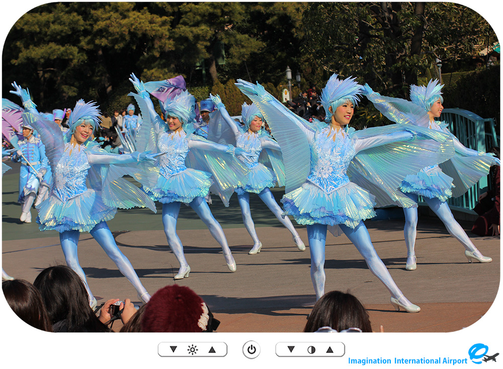 TDR1601_FrozenFantasyParade21